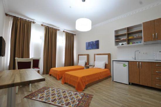 Beyoğlu İstiklal Caddesin 1+0 Apart Otel Lüks Dizaynıyla Ve Tarihi Dokusuyla Pera Da Eğlence Dolu Bir Yaşam