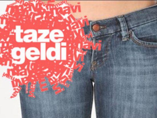 Mavi Jeans 25,000 Adet Orjinal Pantolon Var (hafif Defolu) İlgilenenler Varsa Benle İrtibata Gecsinler...