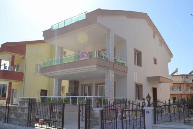 Altınkumda Satılık Müstakil Villa ----(yildiz Villa)