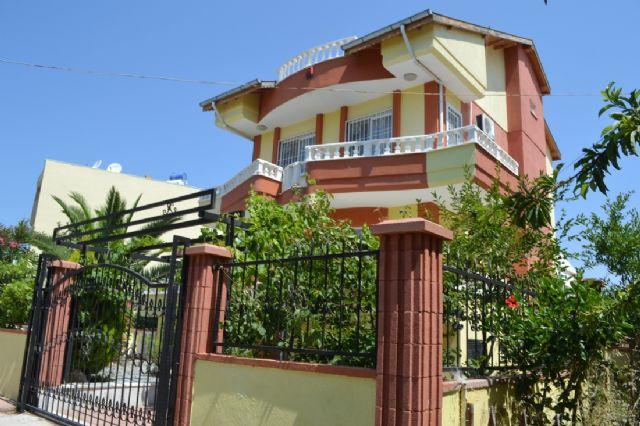 Didim Mavişehirde Satılık 4+1 Müstakil Villa