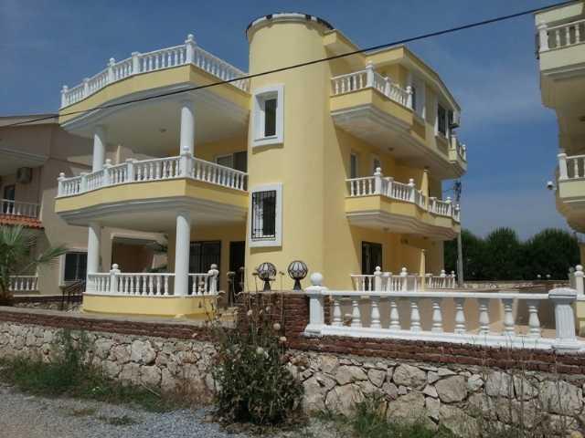 Didim Camlıkta Satılık Müsatkil Villa Havuzlu Altinkumda