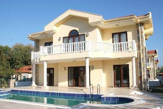 İzmir Çeşme Merkezde Haftalık Kiralık Villa
