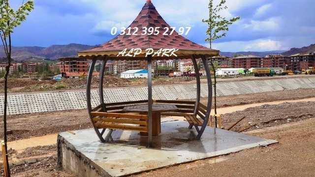 Park Bahçe Mobilyaları Kamelya Pergole Çatılı Piknik Masası