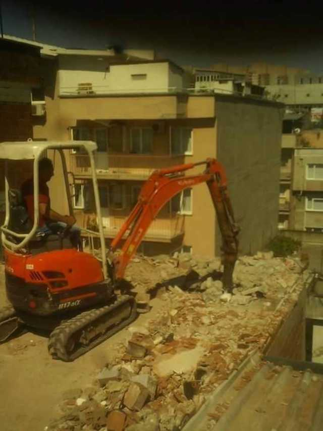 Bursa Mini Kepçe Bursa Bina Yıkım Bursa Asfalt Kesme