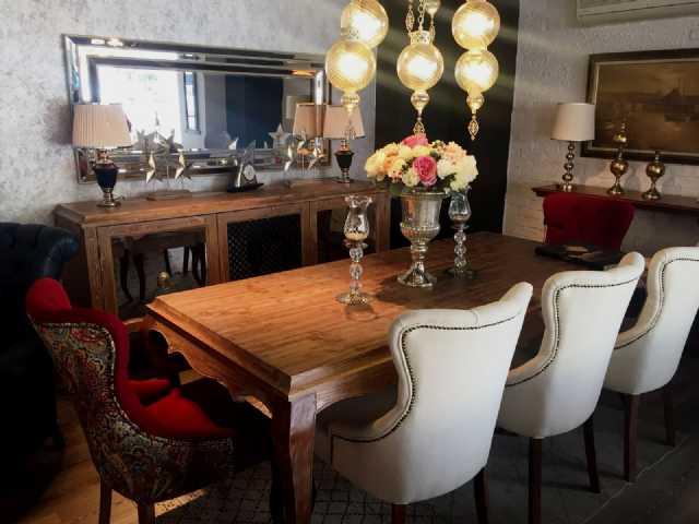 country yemek odası, masa,sandalye,konsol,tv ünitesi,sandalye,ayna