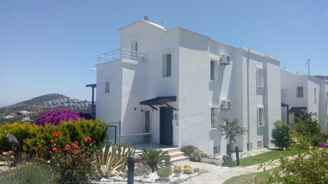 Gümüşlük Koyunbabada 3+1 Villa Batı Yakasında Her Kattan Tam 180 Deniz Manzarası