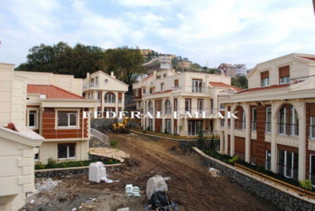 Federalden Kocaeli  Bahçecikte Luks Satılık Tripleks Villa