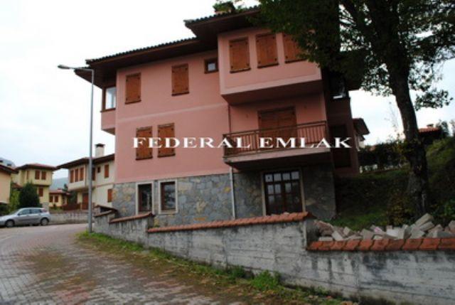 Federalden Kocaeli Bahçecikte Satılık Tripleks Villa