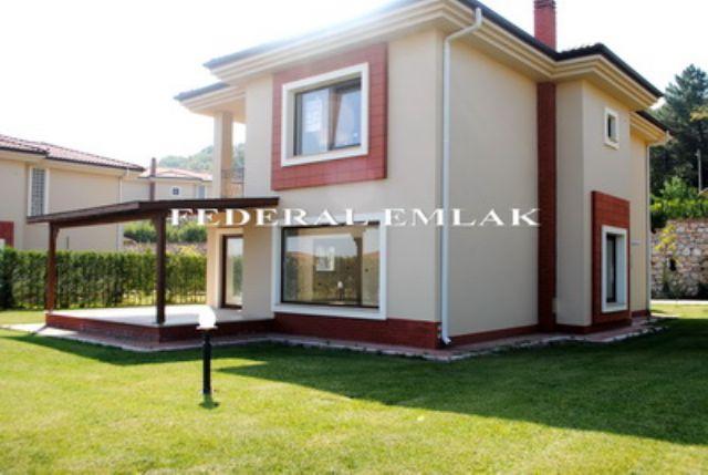 Federalden Kocaeli Kartepe Derbentte Satılık Müstakil Villa