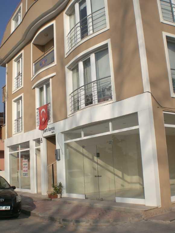 Vatandan Kocaeli İzmit M.ali Paşa Da Satılık Dükkan