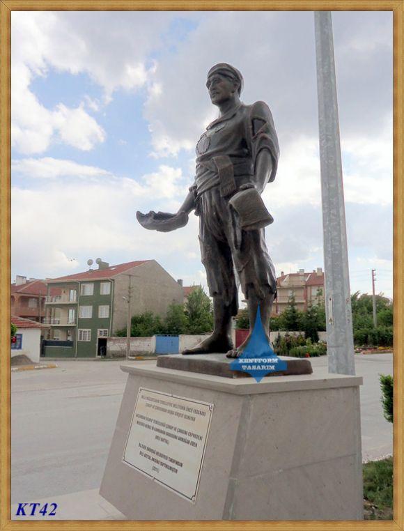 Heykel Atölyesi Kentform Rölyef Heykel Anıt Saat Kuleleri Kabartma Heykeller Nazım Hikmet Heykeli