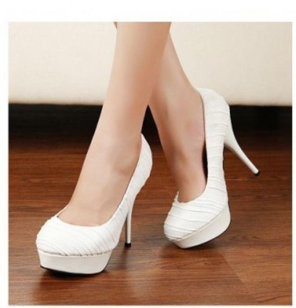 Küçük Topuklu Ayakkabı  En Güzel Yeni Topuklu Ucuz Bayan Ayakkabı Kadın Modası  Küçük Topuklu Ayakkabı