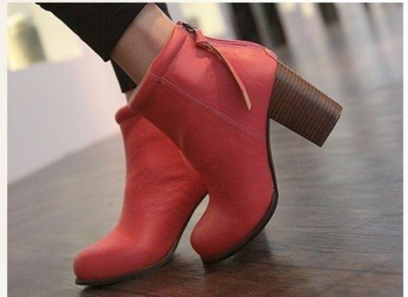 Elle Ayakkabı Online Satış  Bayanlara Özel Bot Çizme Tasarımları Ucuz Toptan En Yeni Modeller  Elle Ayakkabı Online Satış
