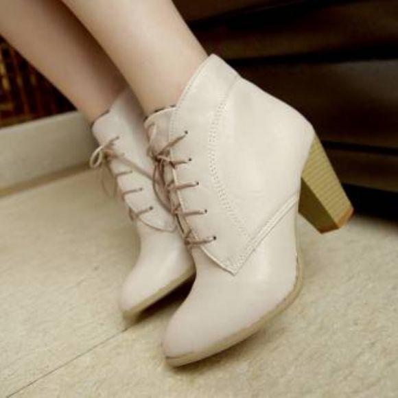 Kışlık Bayan Çizmeleri  Bayanlara Özel Bot Çizme Tasarımları Ucuz Toptan En Yeni Modeller  Kışlık Bayan Çizmeleri