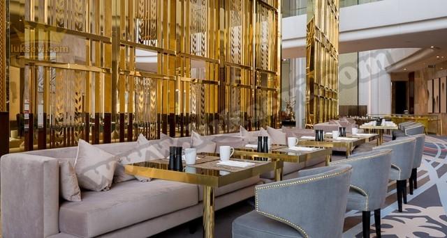 Otel Cafe Restoran Koltukları Sedirler Masa Ve Sandalyeler
