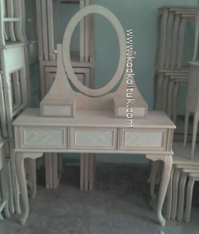prenses tuvalet masası,modern tuvalet masası,tuvalet masası modelleri,imalattan tuvalet masası,tuvalet aynası,makyaj masası