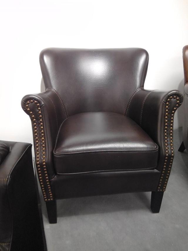 Vıntage Koltuk Model Gerçek Deri Siyah Renk Tasarım İle Oturma Odanıza Şık Ve Rahat Bir Minyon Tekli