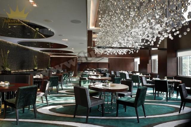 Yemek Salonları Lüks Restoran Tasarımı Koltuk Masa Sandalye Ve Sedir Koltuklar